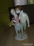 Unterweissbach  porcelán szerelmespár figura