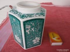 Porcelán tea tartó