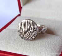 Nagyon szép vésett, kalapált ezüst gyűrű