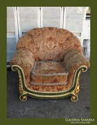 Gigantikus méretű fotel,gyönyörű fa betétekkel