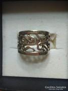 Széles ezüstgyűrű
