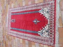 Szőnyeg, indiai gyapjú, imaszőnyeg, kézicsomózású 155x94 cm