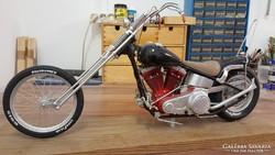 Harley Davidson motor egyedi építésű modellje eladó