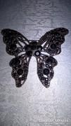 Fekete köves pillangó kitűző