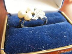 Ezüst színű gyűrű