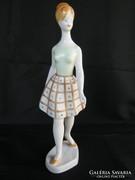 Hollóházi porcelán retro lány 24 cm