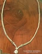 Elegáns ezüst nyakék