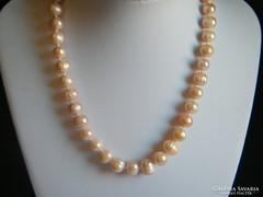 Halvány rózsaszín tenyésztett gyöngy nyaklánc