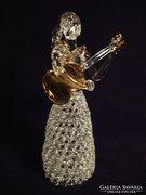 Gitáros lány aranyozott üveg szobor