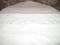 Csodaszép egyedi vintage csipke betétes ágynemű garnitúra