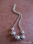 Igazán különleges ezüst nyaklánc