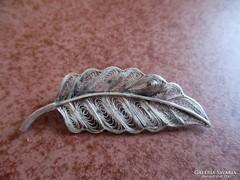 Levél ezüst bross