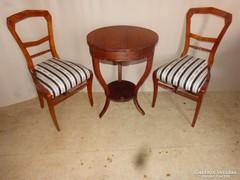 2 db Biedermeier szék, asztal