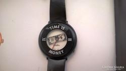 Time is money nagyméretű órakülönlegesség