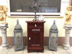 Antik bútor, Barokk éjjeli szekrény 01. felújított.