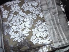 Csodaszép elegáns selyem ágynemű garnitúra