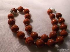 Habkorall nyakék vörös Jáspissal