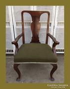 Réges-régi,hatalmas karfás szék