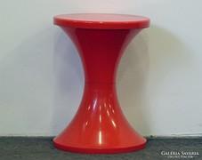0L372 Retro design piros műanyag szék pille szék
