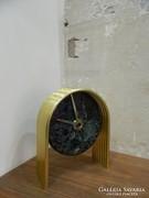 Német Bauhaus márvány / réz asztali óra