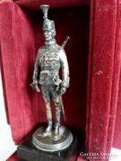 1880. Ezüst Huszár 5.Huszárezred szobor