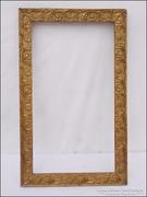 Antik virágmintás fa képkeret  ,  falc 28 x 49,5  cm.