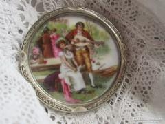 Porcelán betétes medál