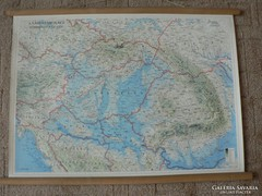 Kárpát-Medence térképe papírból