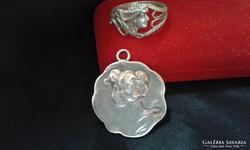Szecessziós ezüst ékszerek