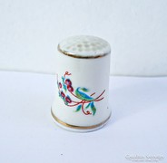 Hollóházi kézzel festett 18-as porcelán gyűszű