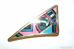 Iparművész aranyozott  bross, kidolgozott. 5 cm.