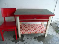 Különleges antik kinyitható konyhai asztal+ szék eladó