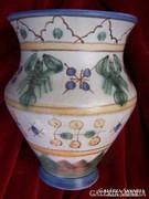   Habános Gorka Géza váza rákokkal