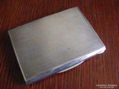 Ezüst cigaretta tartó, vagy névjegykártya tartó