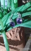 Ametisztköves ezüst fülbevaló (mélyebb lila)