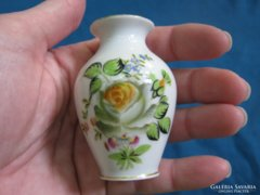 Szép rózsás virágos régi Herendi porcelán mini váza