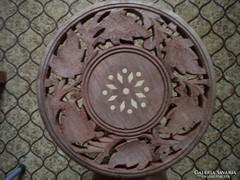 Gazdagon faragott,díszes indiai asztal(ka) vagy virágtartó