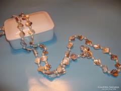 Gyöngyház-kagyló,  tenyésztett  gyöngysor