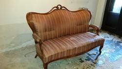Neobarokk három üléses kanapé