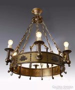 Nagyméretű bronz csillár
