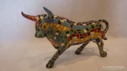 Csudajó kerámia mozaik bika szobor