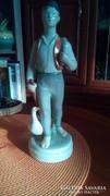 Nagy méretű porcelán Ludas Matyi szobor