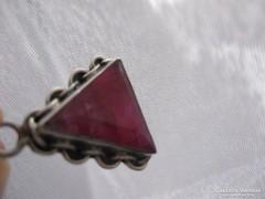 Ezüst medál valódi rubin kővel