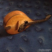 Orosz  mandolin ( intarziás)  - 5 húros - 75 éves hangszer