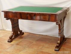Biedermeier felújított íróasztal
