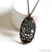 Csipke bronz Tiffany medál