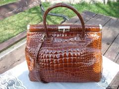 Gyönyörű  Krokodilbőr  mintás bőr táska