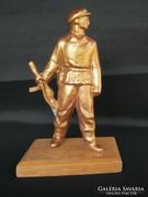 Retro munkásőr fém szobor