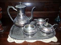 Ezüstözött,jelzett angol teáskészlet tálcával eladó!