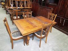 Nyitható étkező asztal + 4db szék
